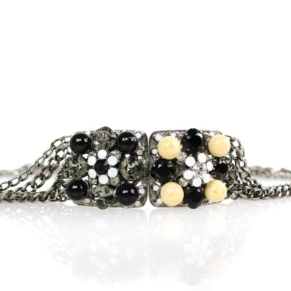 Ceinture Chanel bijoux détail 2
