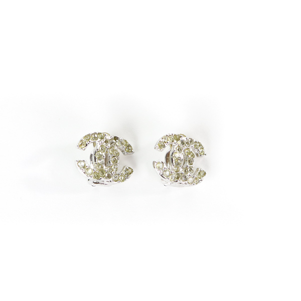 Boucles d'oreille clips Chanel CC strass
