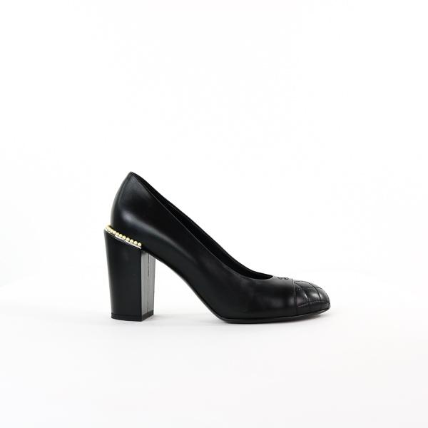 Escarpins Chanel talons perlés