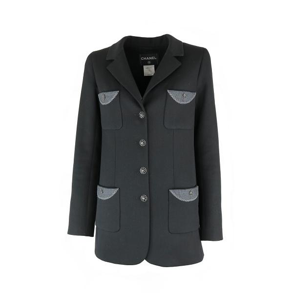 Veste Chanel noir et détail gris face