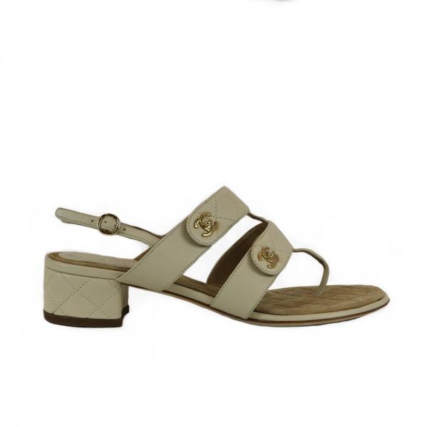 Sandale Chanel cuir beige coté