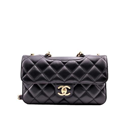 Petit Sac Chanel cuir noir met dorée face
