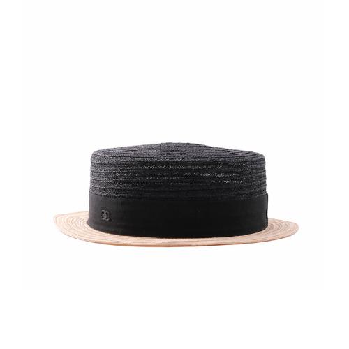 Chapeau de paille Chanel noir et beige face